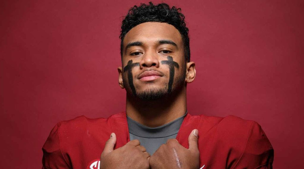 2019 Heisman Trophy: Odds, Favorites, Long Shots and Best Bet