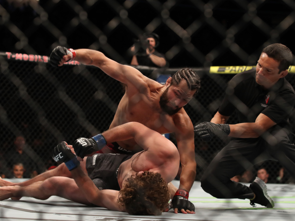 5 Fastest Knockouts in UFC History (With Video)