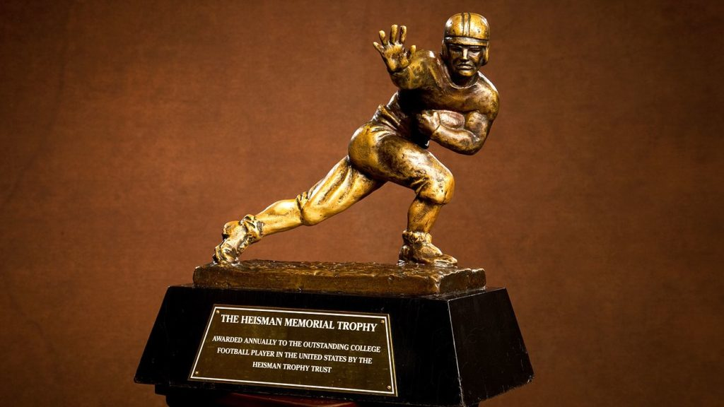 2019 Heisman Trophy: Odds, Favorites, Long Shots and Best
