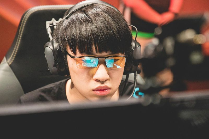 League of Legends Odds Picks: Friday March 20th
