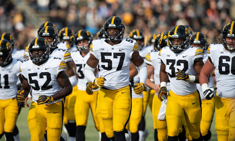 Iowa Hawkeyes - College Football 2020 Season Preview | The College Experience (Ep. 206)