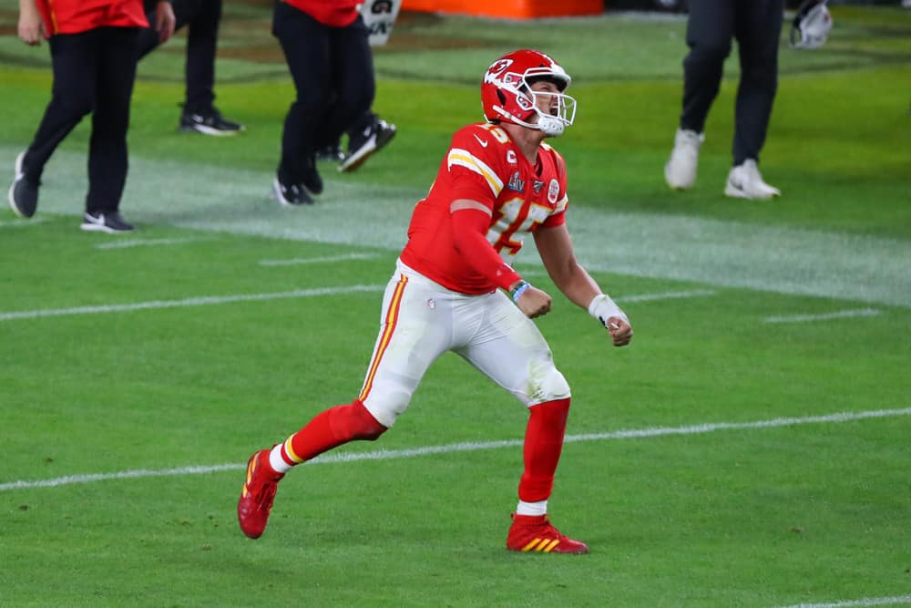 patrick mahomes cashes in
