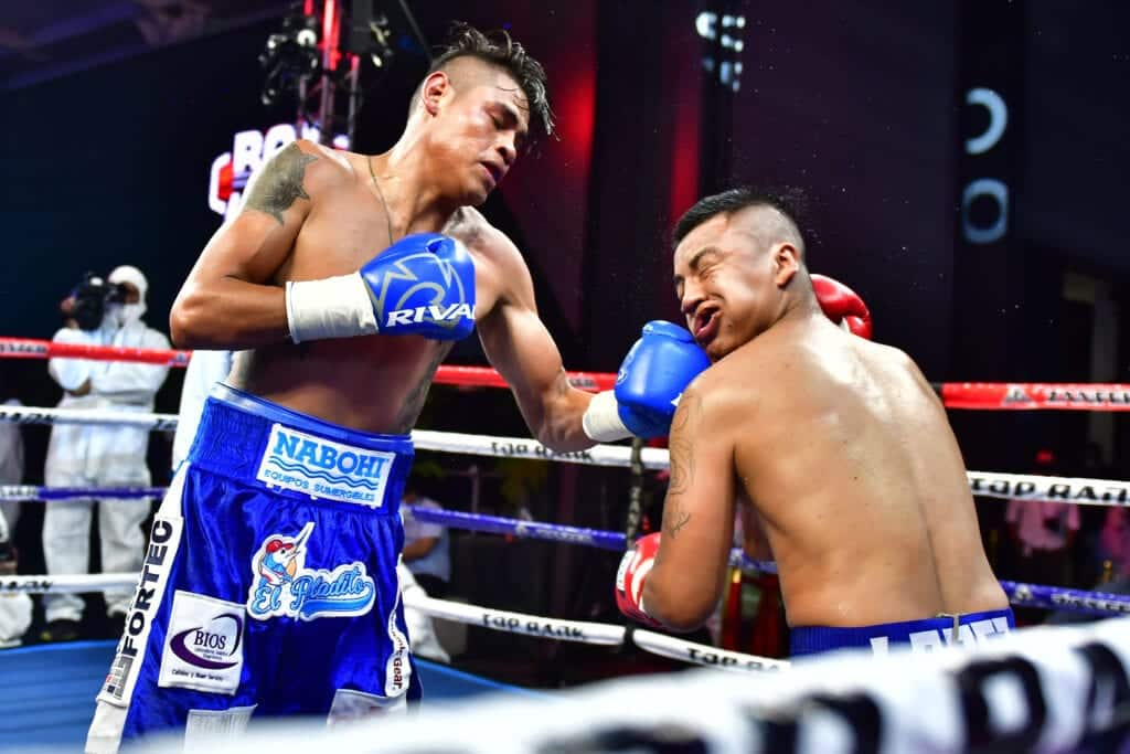 Navarrette Goes For WBO Featherweight Title Friday | Big Fight Weekend (Ep.9)