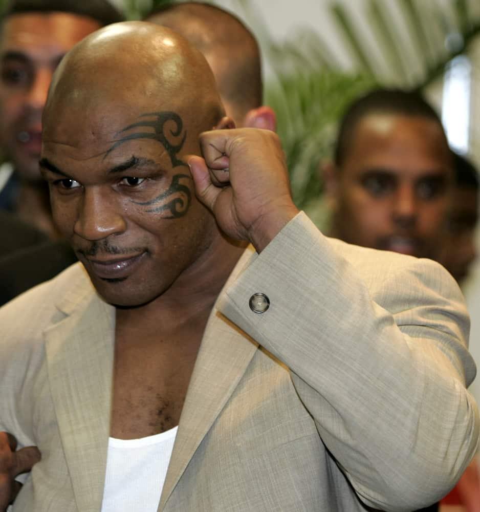 Douglas Upset Of Tyson Anniversary & Fight Picks! | Big Fight Weekend (Ep. 28)