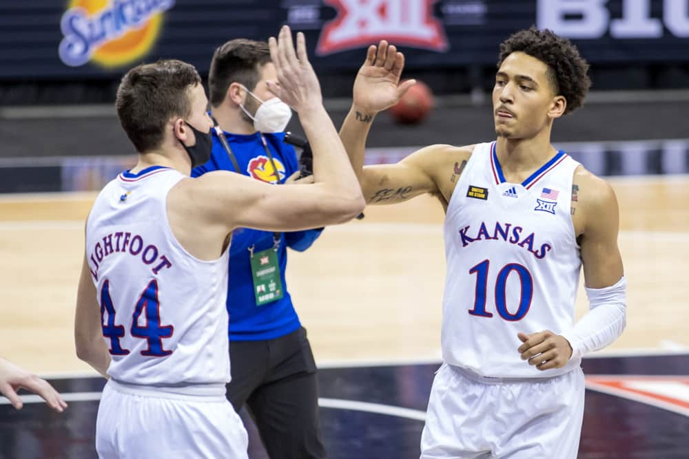 Kansas vs Eastern Washington Preview | The College Experience (Ep. 611)