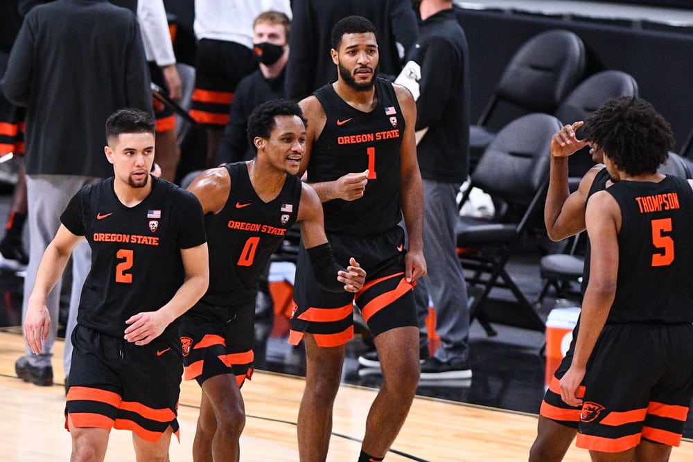Oregon State vs Loyola Chicago Preview | The College Experience (Ep. 617)