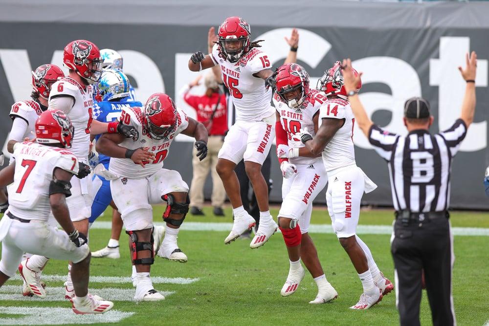 College Football Win Total Predictions: ACC Atlantic