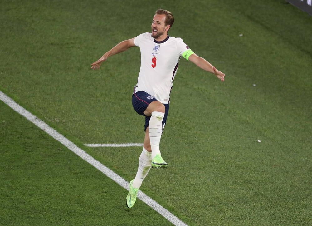 Euro 2020 Picks + Semifinals | The Striker Podcast (Ep.8)