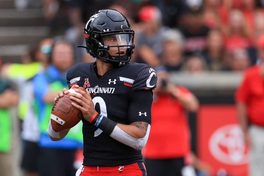 Cincinnati Bearcats @ Notre Dame Fighting Irish Betting Prediction & Preview | The College Football Experience (Ep. 854)