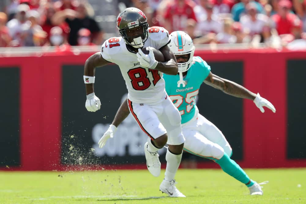 Minggu 6 NFL Kamis Malam Football DraftKings Picks: Buccaneers vs. Eagles