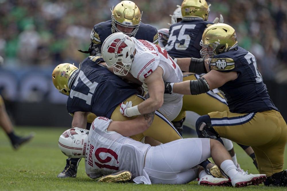 Laporan Cedera Sepak Bola Perguruan Tinggi: Cedera Paling Berdampak untuk Minggu 5